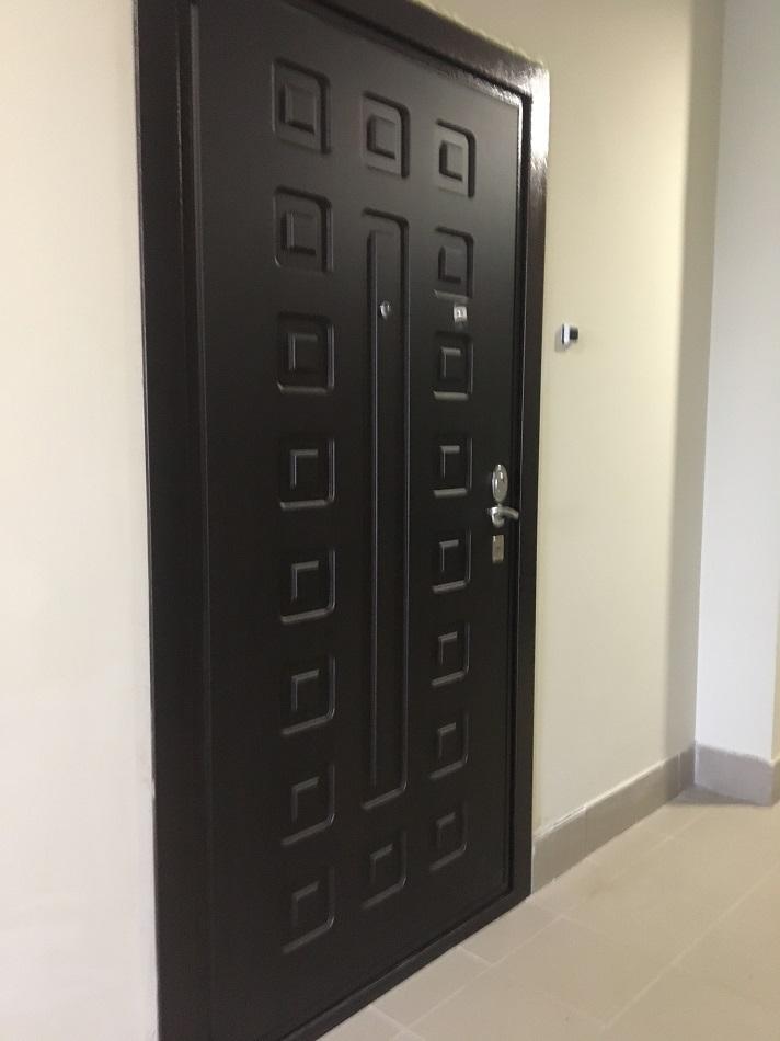 установка двери гранит м5